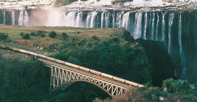 Zuid-Afrika_Rovos_Rail_Victoria_Falls